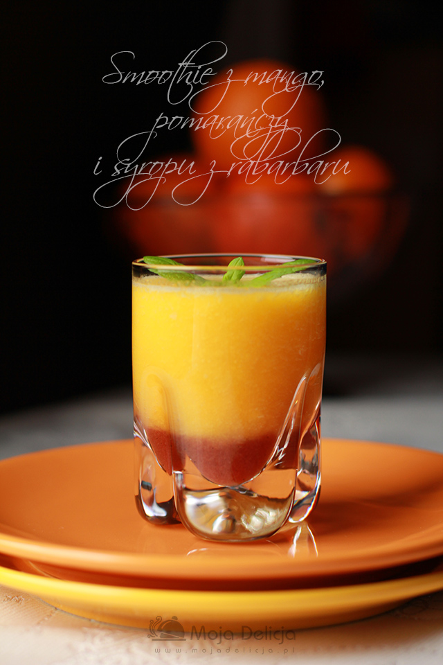 smoothie-z-mango,-pamarancza-i-syropem-z-rabarbaru