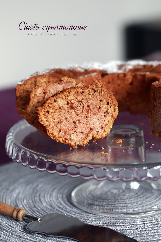ciasto-cynamonowe-z-domowym-musem-jablkowym-b