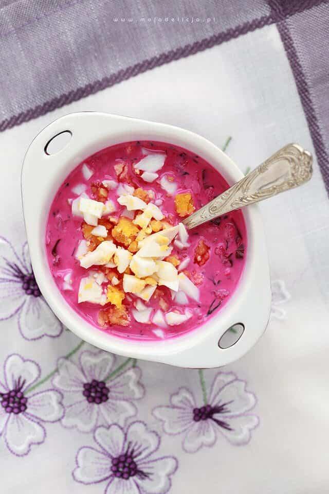 chlodnik-z-botwinki-z-jogurtem-greckim-zsiadlym-mlekiem-rzodkiewkami-zielonym-ogorkiem-jablkiem-i-koperkiem2