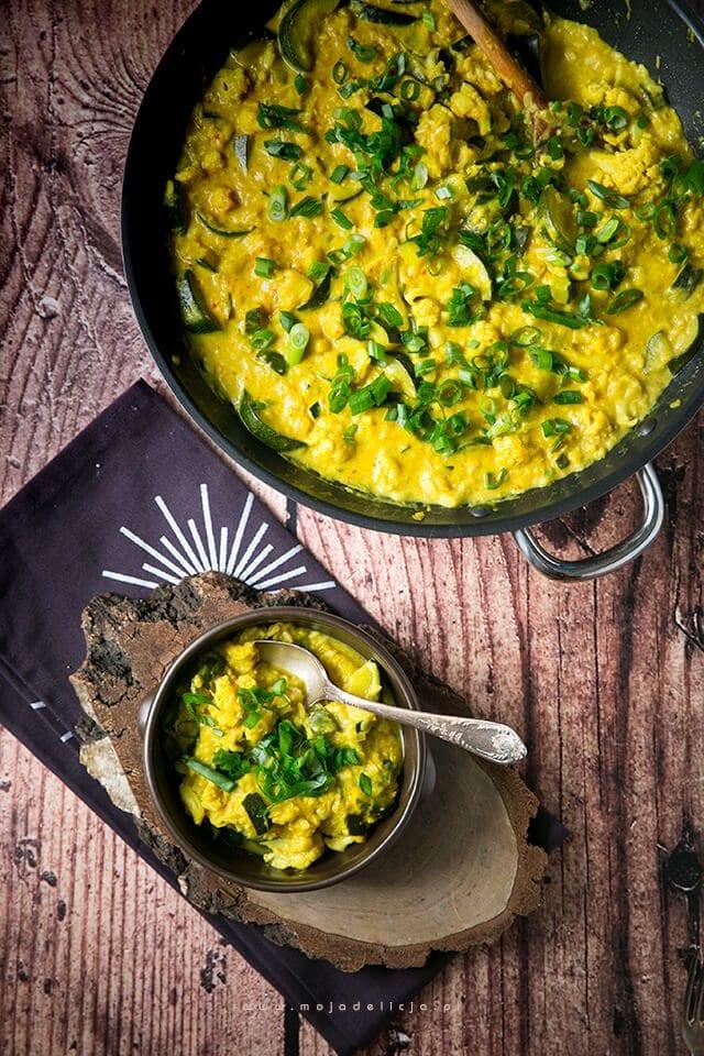 curry-z-kalafiora-i-cukinii